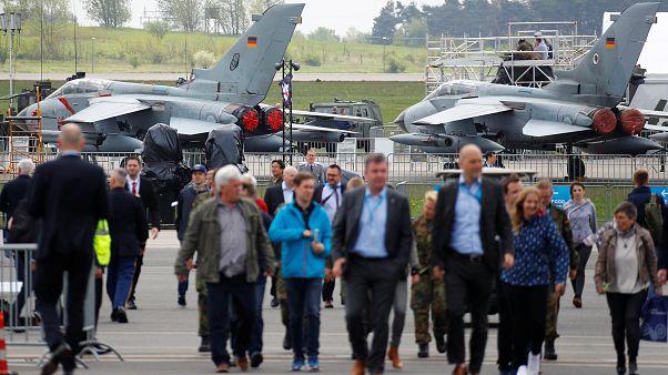 Luftfahrtmesse ILA eröffnet - Neuer Kampfjet für Europa geplant