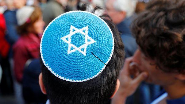 """Solidarité envers les juifs : """"Berlin porte la kippa"""""""