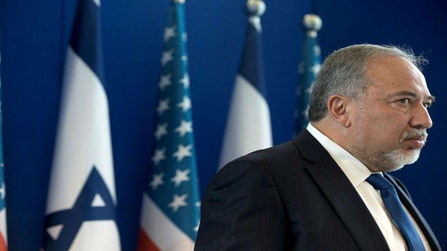 ليبرمان يهدد بقصف طهران إذا تعرضت تل أبيب إلى هجوم إيراني