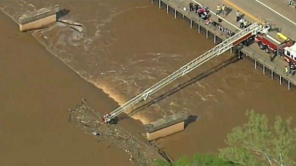 عملیات نجات در میان امواج رودخانۀ کاتاوا