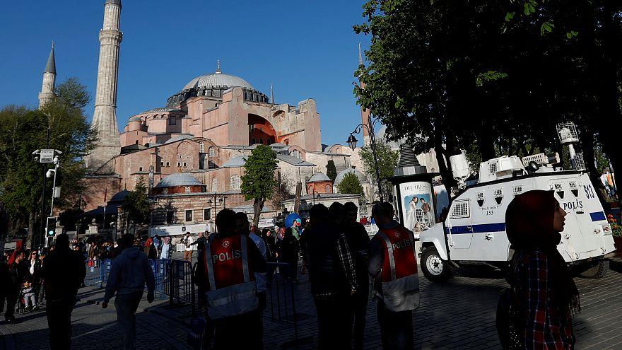 """""""Schikane"""": Deutsche Journalistin Mesale Tolu darf Türkei mindestens 6 Monate nicht verlassen"""