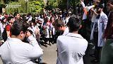 المحتجون في أرمينيا يطالبون بتولي نيكول باشينيان رئاسة الحكومة