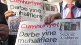 دادگاه ترکیه ۱۴ خبرنگار «جمهوریت» را به زندان محکوم کرد