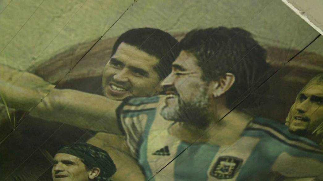 Maradonna depicted as God in Buenos Aires football club mural