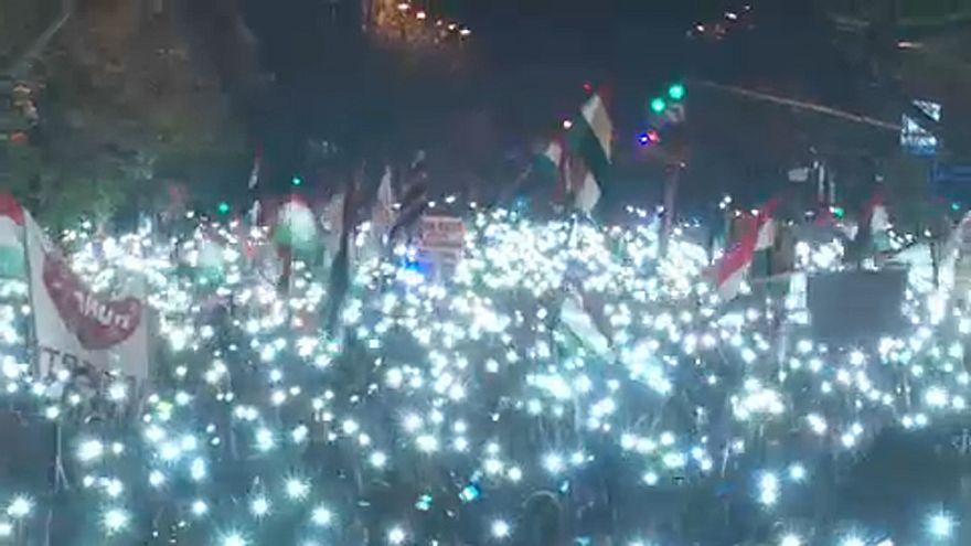 Gli eurodeputati chiedono l'imposizione di sanzioni contro l'Ungheria
