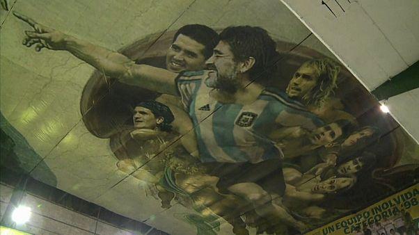 """""""Die Erschaffung Adams"""" mit Maradona und Messi"""