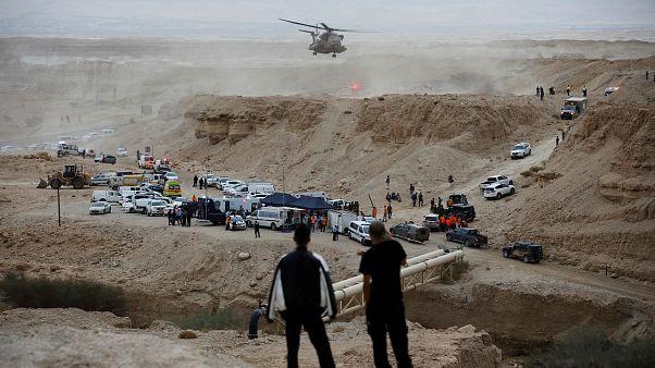 مقتل 10 شبان وشابات إسرائيليين في سيول جارفة جنوب البحر الميت