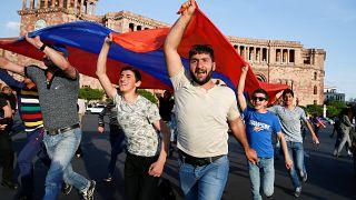 Πρωτομαγιά η εκλογή πρωθυπουργού στην Αρμενία