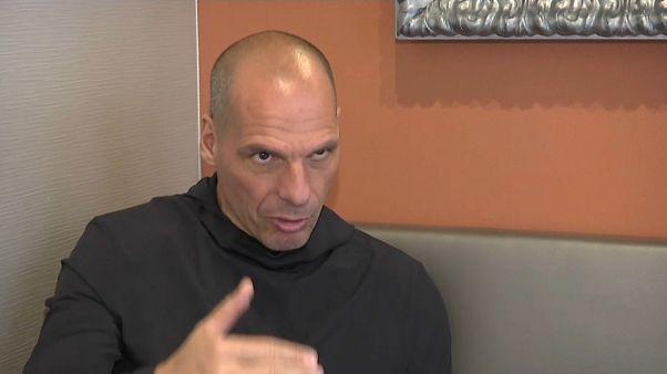 Varoufakis smentisce Juncker sulla Grecia