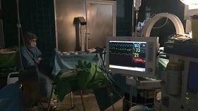 Agyműtétet közvetítettek élőben a Facebookon