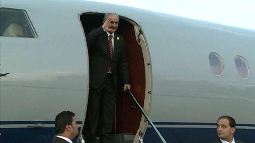L'homme fort de l'est de la Libye, le maréchal Haftar est bien vivant