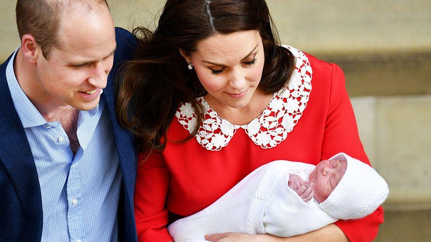 """""""لويس آرثر تـشارلز"""" هو الاسم الذي أعطاه الأمير ويليام وقرينته كيت لمولودهما الثالث"""