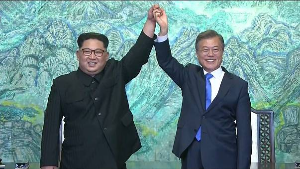 Историческая встреча двух Корей