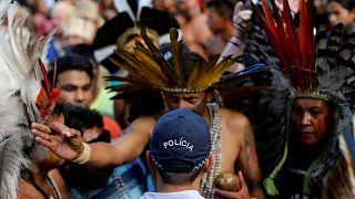 Des indigènes manifestent pour défendre leurs terres