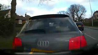 شاهد: كيف انتهت رحلة سيّدة تقود سيارتها تحت تأثير الكحول