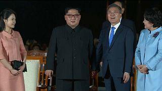 Pyongyang e Seul de mão dada no encerramento de cimeira histórica