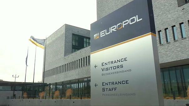 Europol'den IŞİD'e propaganda operasyonu