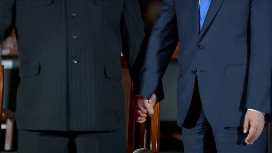 A kézfogás