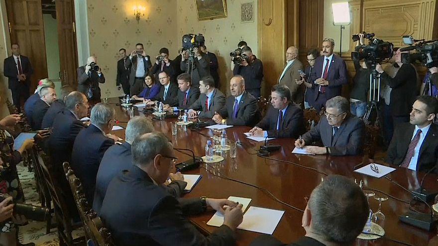 Futuro da Síria discute-se em Moscovo