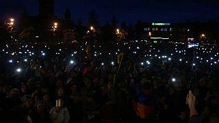 Sarkisyan'ın istifası yetmedi Ermeniler rejim değişikliği istiyor
