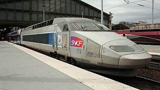 محطة القطارات بباريس
