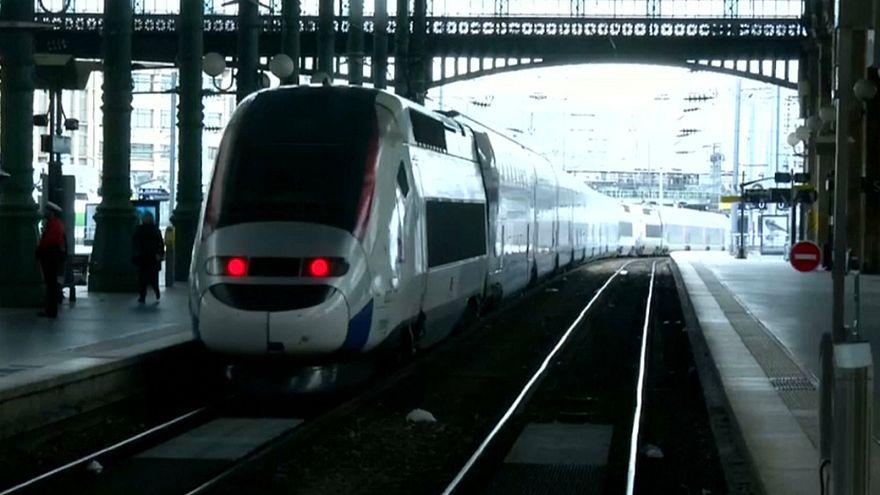 Caminhos-de-ferro franceses novamente em greve