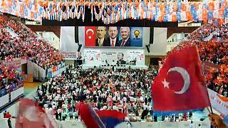 Erdogan megtartotta első kampánygyűlését