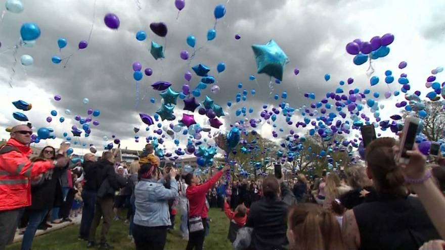Alfie Evans Thousands Of Balloons Released In Tribute To Toddler
