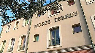 بعد عشرين عاما .. متحف فرنسي يكتشف أن نصف لوحاته مزورة
