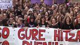 Pamplona: in trentamila per manifestare contro lo stupro