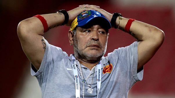 Maradona yine istifa etti