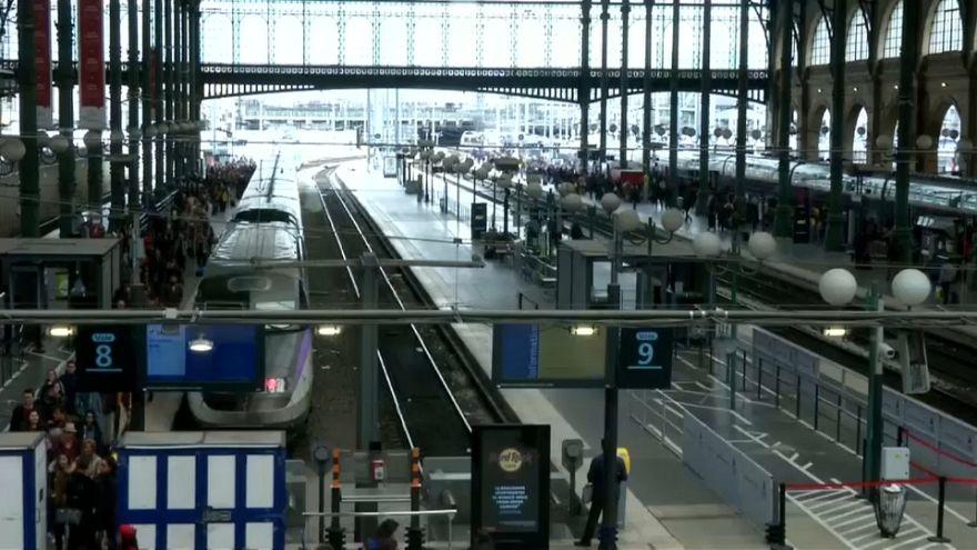SNCF : retour progressif à la normale lundi, grève jeudi et vendredi