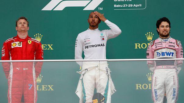 F1: Hamilton vince nel caos di Baku, Raikkonen secondo