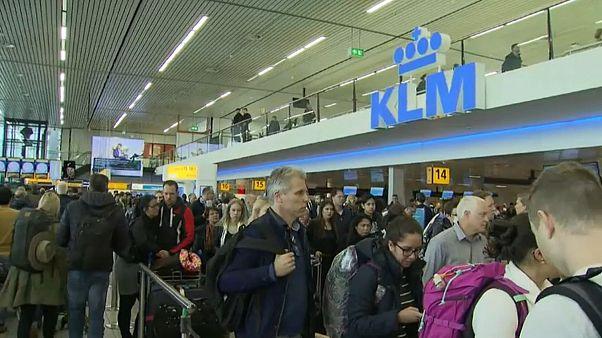 Power failure closes Amsterdam's Schiphol Airport
