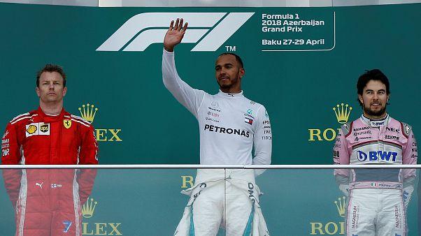 Lewis Hamilton liderou o pódio no GP do Azerbaijão