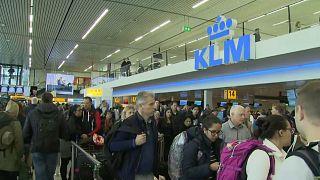 Falha de energia lança aeroporto de Amesterdão no caos