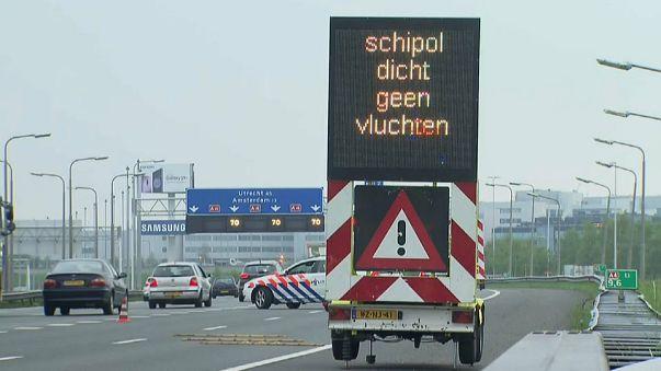 Black out all'aeroporto di Amsterdam Schiphol, voli cancellati e ritardi
