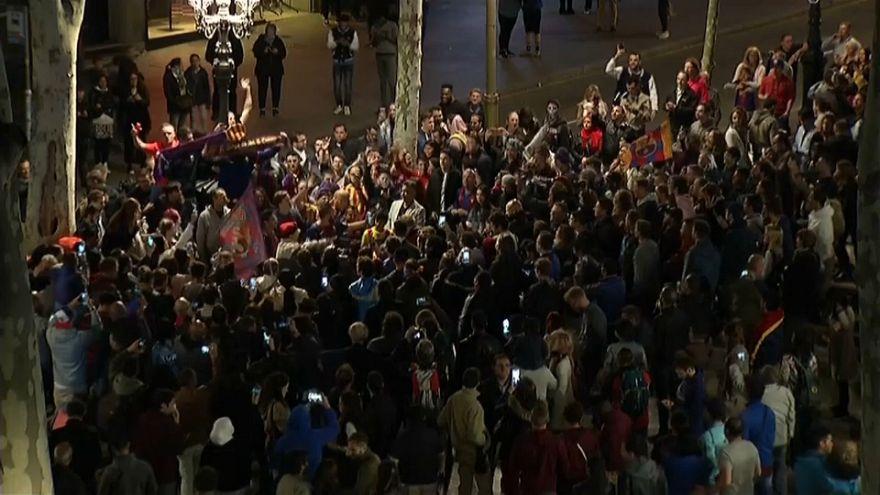 Barcelona fans gather on Las Ramblas