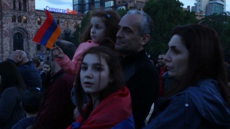 """Armenien: """"Mehr Demokratie, mehr Gerechtigkeit"""""""