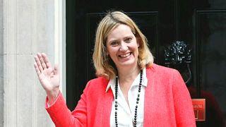 Lemondott a brit belügyminiszter