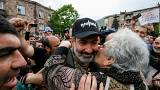 Ermenistan: Paşinyan direnişe devam dedi