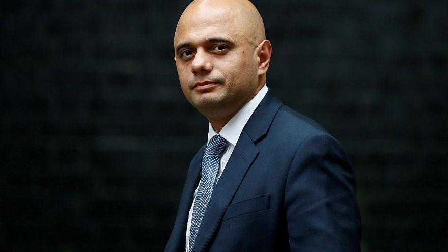 من هو المسلم الذي أصبح وزيرا للداخلية في بريطانيا؟