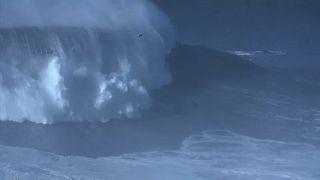 A legnagyobb hullám meglovaglása