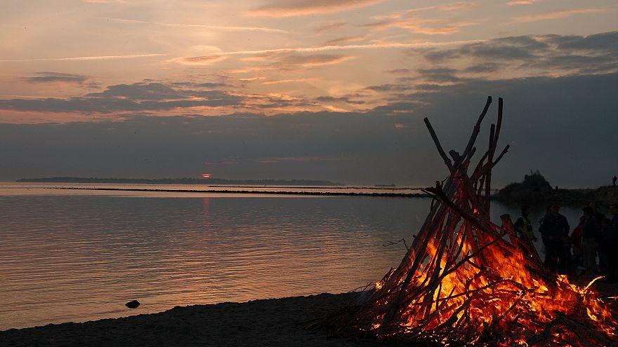 İsveçliler bir Şaman geleneği olan Valborg'u kutluyor