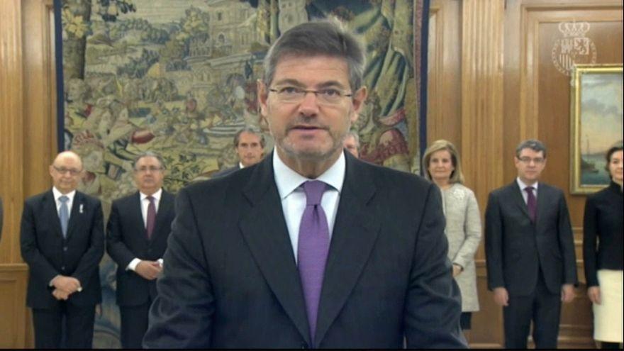 Jueces y fiscales piden la dimisión del ministro español de Justicia