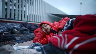 La caravana de migrantes queda en un limbo administrativo