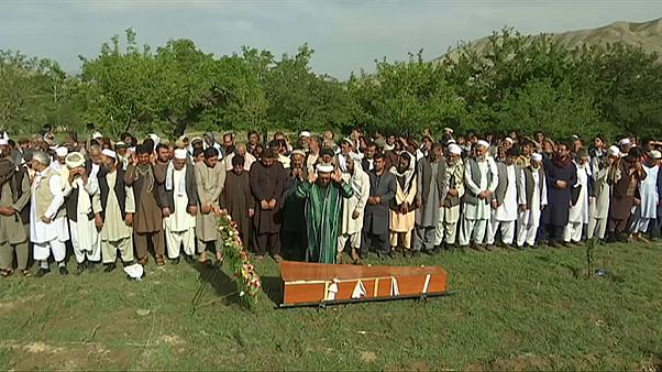 Funerals held for victims of Kabul bomb blasts
