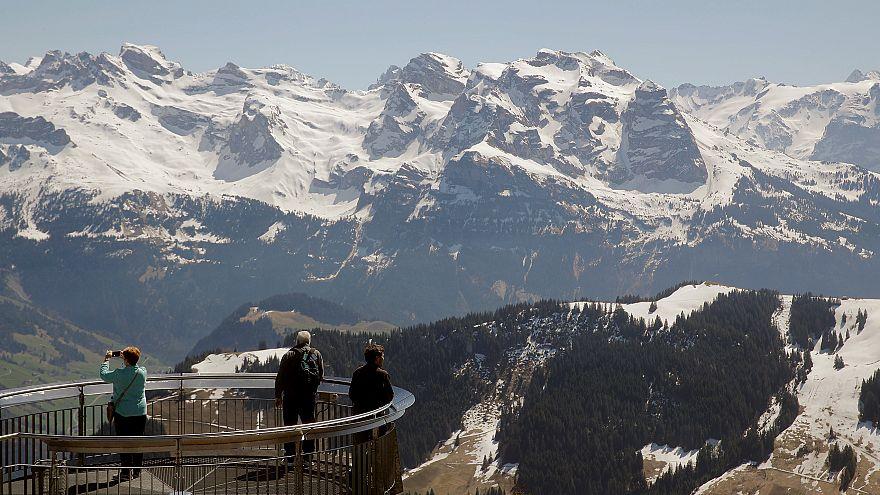 Quatro mortos nos Alpes suíços
