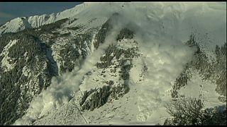 مقتل 6 متسلقين في عواصف ثلجية بجبال الألب السويسرية