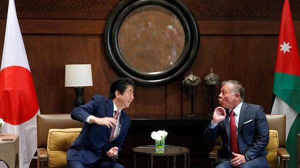 رئيس وزراء اليابان في الأردن لماقشة قضايا المنطقة والتعاون الاقتصادي